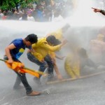 Demonstran Jebol Pagar DPR RI