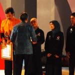 Wapres Beri Penghargaan Kepada Siswa Nilai UN Tertinggi