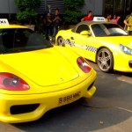 Taxi Ferari dan Porsche Berkeliaran di Jakarta