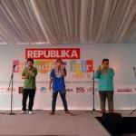 Penta Boyz melaunching single album pada acara republika Ramadan fair di Universitas Al-Azhar  Jakarta, Selasa, 25/07.