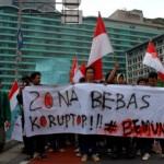 Mahasiswa UNJ Tuntut SBY Turun Langsung Bereskan Kasus Korupsi