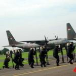 09 04 2013 HUT TNI AU 67 10