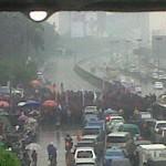 Tolak RUU Ormas, Buruh Blokir Jalan