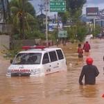 Kampus Unhalu Terendam Banjir
