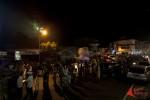 Warga memadati jalan utama kota Singkawang