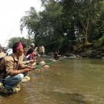 Lestarikan Ikan, Komunitas Ciliwung Gelar Lomba Memancing