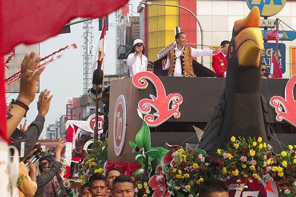 Kemeriahan Karnaval Khatulistiwa Pontianak 2015