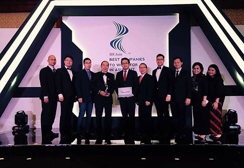 "Binus Dinobatkan Sebagai ""Best Companies to Work for in Asia 2017"""