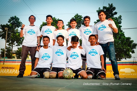 Anak Yatim Indonesia Berlaga di Pertandingan Sepak Bola Internasional