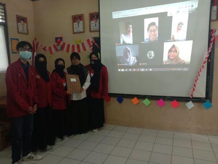 "KKN 027 UMY Gerakkan UMKM ""Go Digital"" di Kebumen"