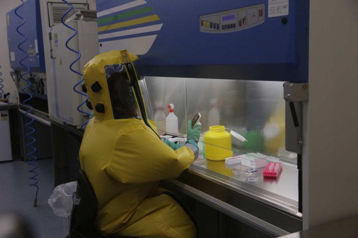 Virus SARS-CoV-2 Dapat Bertahan Sampai 28 Hari di Permukaan