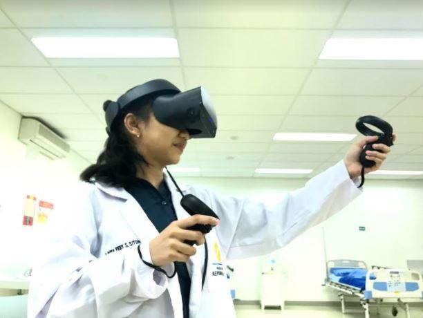 Virtual Reality Solusi Praktikum di Masa Pandemi